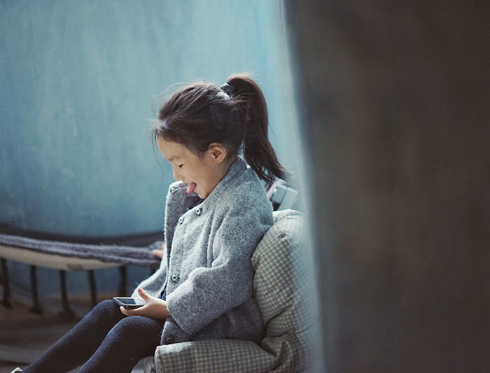 5 Ways to Help Kids Navigate Cell Phone Use